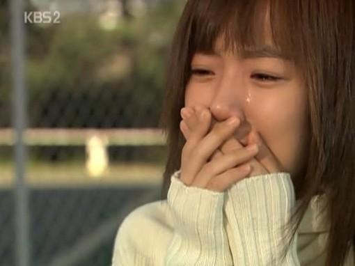 流泪的图片